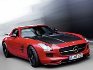 mercedes-benz-2015-sls-amg-gt-final-edition-3