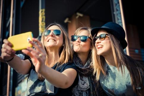 selfie-phone-lumia-730